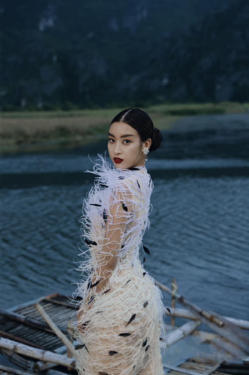 Hồng Nhung đụng váy các mỹ nhân Việt - 6