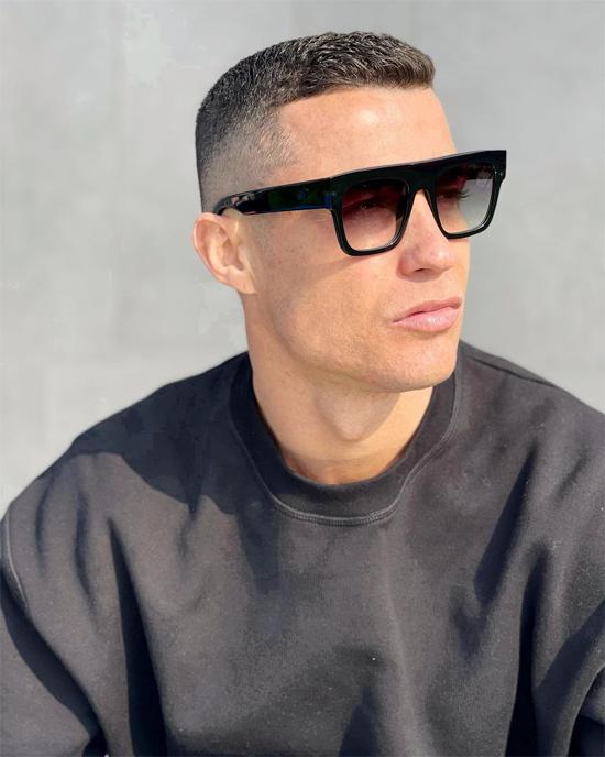 Bức ảnh chân dung C. Ronaldo được bạn gái đăng tải và thể hiện tình yêu. Ảnh: Instagram.