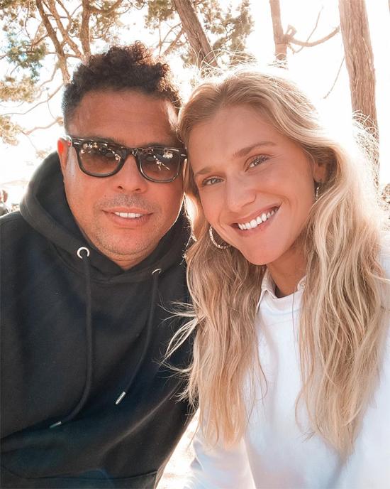 Ronaldo và bạn gái Celina Locks chuẩn bị đón em bé đầu lòng. Ảnh: Instagram.