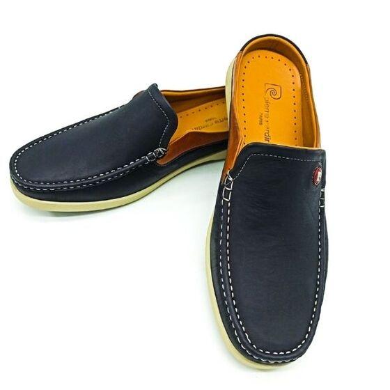 Giày nam Sapo Pierre Cardin PCMFWLE500NAY màu navy Tránh tiếp xúc với nước và nhiệt độ cao Nên làm sạch bằng xi đánh giày, lotion dưỡng da và dùng khăn ẩm sạch để lau sản phẩm.
