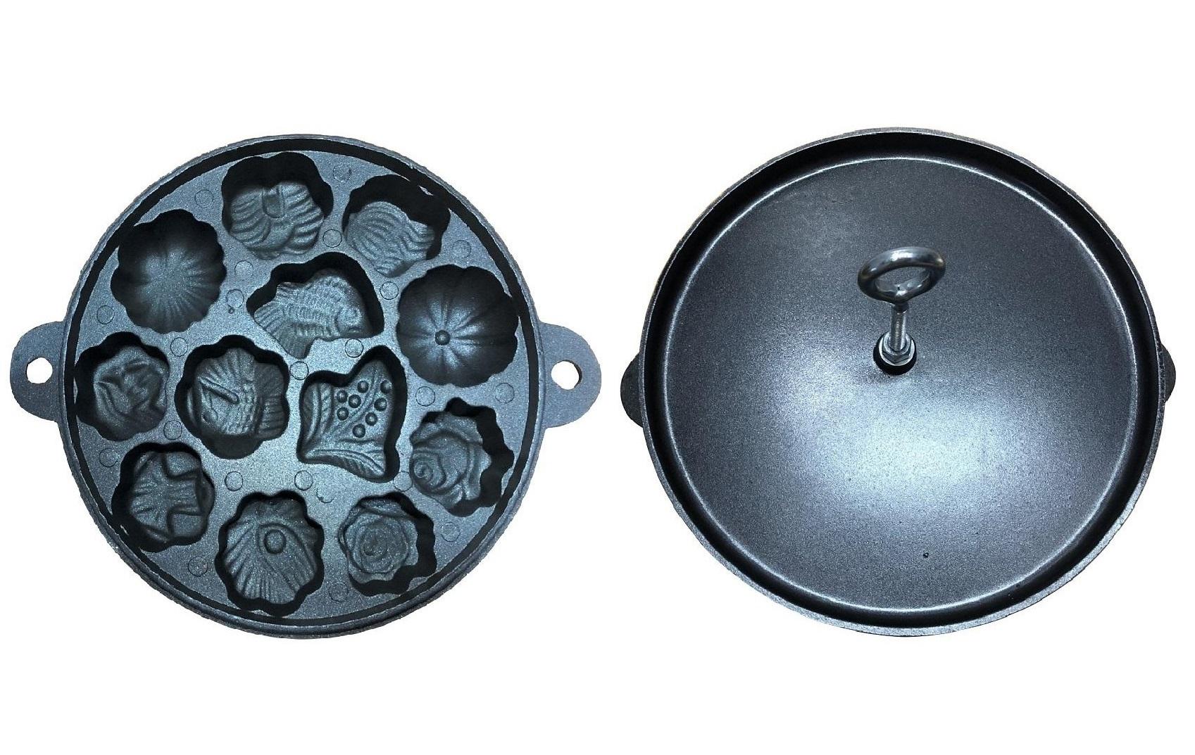 Khuôn làm bánh bông lan nướng chống dính có thể nướng c ùng lúc 12 cái với các hình dáng đẹp mắt như hoa hồng, lá cây, vỏ sò, con cá... Sản phẩm làm từ chất liệu gang, kết cấu dày, nặng, có phủ lớp chống dính giúp dễ đổ bánh và lấy bánh ra dễ dàng. Phần nắp thiết kế ốc vặn cách nhiệt, có thể nhấc nắp ra khỏi khuôn tránh bỏng tay. Đường kính khuôn 22 cm, dày 3 cm, thích hợp dùng làm bánh bông lan hoặc các loại bánh tương tự. Sản phẩm có giá chỉ 135.000 đồng trên Lazada. Xem thông tin và đặt mua tại đây.