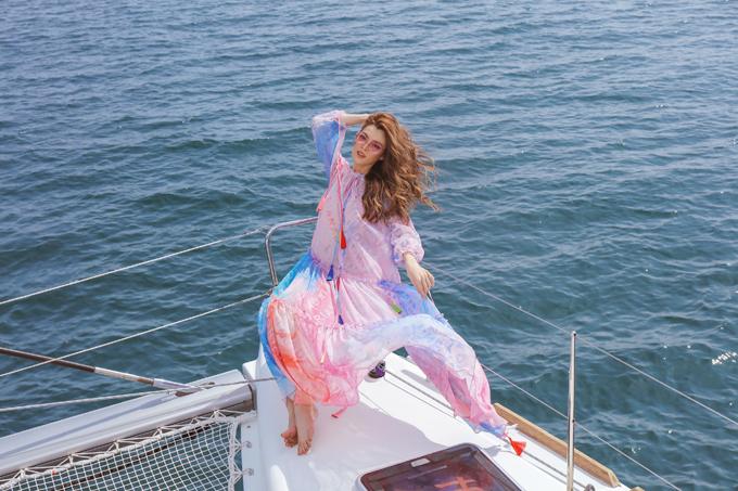 Trân Đài diện trang phục đi biển - 8