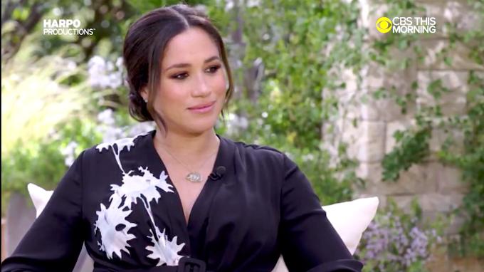Meghan trong cuộc phỏng vấn gây sốc với Oprah Winfrey hồi tháng trước. Ảnh: CBS.
