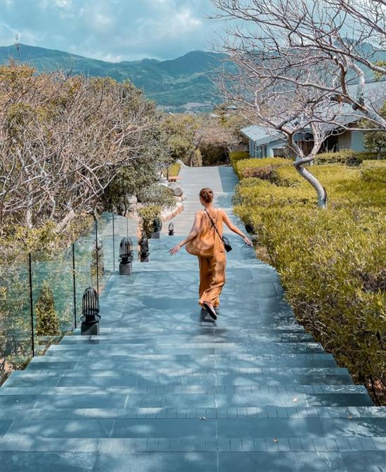 Những chuyến du lịch của vợ chồng streamer giàu nhất Việt Nam - 2