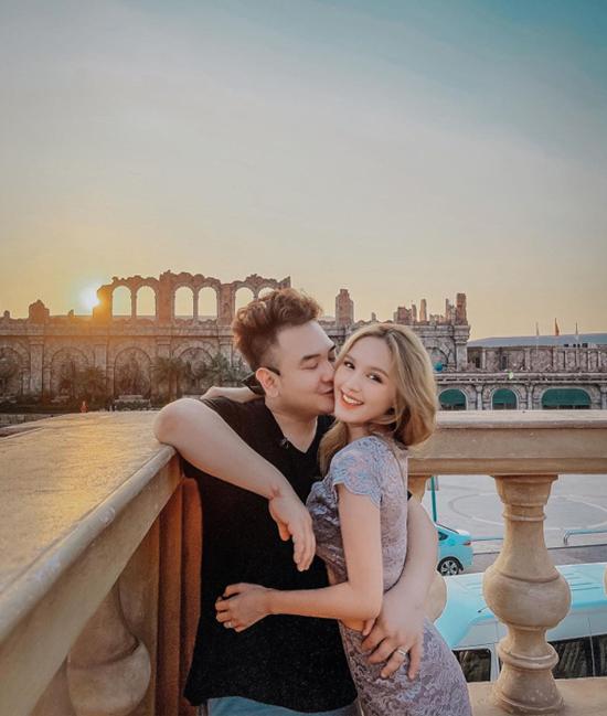 Những chuyến du lịch của vợ chồng streamer giàu nhất Việt Nam - 12