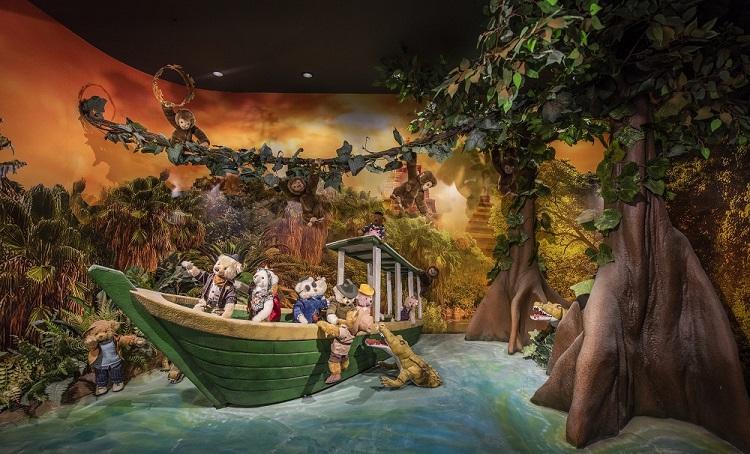 Câu chuyện chủ đề về Indiana Jones yêu thích du lịch, thám hiểm, nghiên cứu về những cổ vật trên khắp mọi miền thế giới... kết nối 500 chú gấu bông tại Bảo tàng Gấu Teddy.