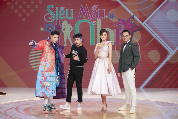 Chương trình Siêu mẫu nhí mùa 6  lên sóng vào chủ nhật hàng tuần trên kênh VTV9, với hai vị giám khảo chính là đạo diễn thời trang Nguyễn Hưng Phúc, nhiếp ảnh gia Kiếng Cận.