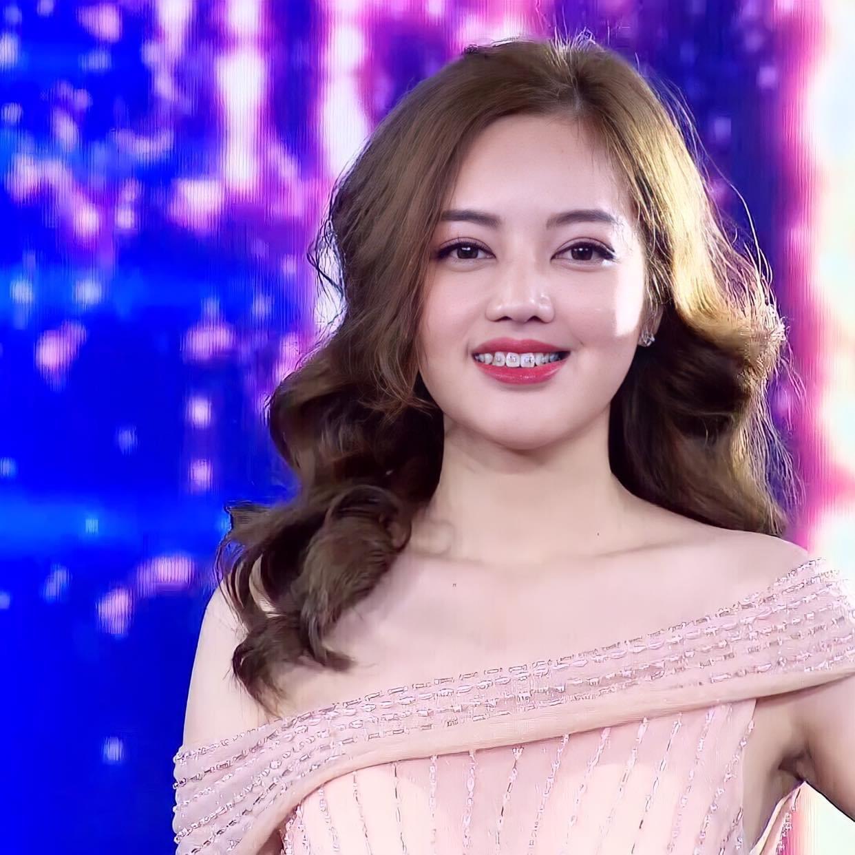 Ngoại hình của Trần Thị Thủy thay đổi ngoạn mục, giúp cô tự tin hơn.