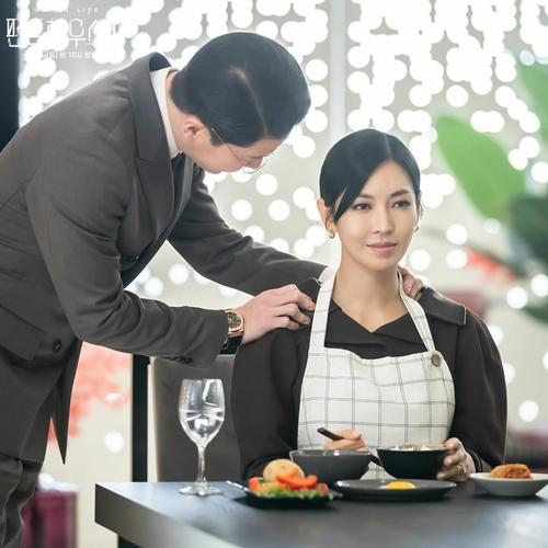 Vai Cheon Seo Jin của Kim So Yeon về sau giảm bớt đất diễn và sức nặng.