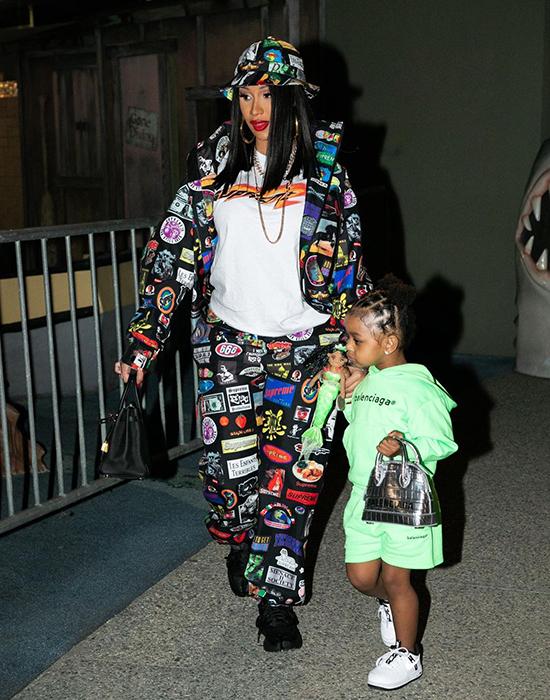 Cardi B không tiếc tiền sắm đồ hiệu cho con gái.