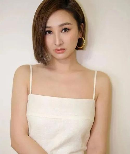 Cao Hải Ninh nỗ lực phát triển sự nghiệp tại đại lục.