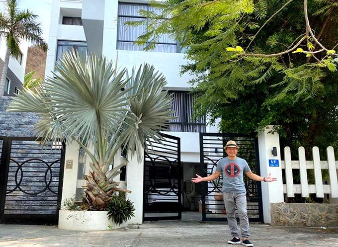 Thu Trà sở hữu nhiều tài sản lẫn bất động sản. Ngoài biệt thự ở Vũng Tàu, cô vừa hoàn thành hai căn nhà mới cuối năm 2020.