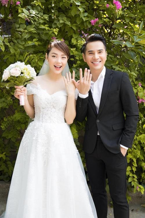Minh Hằng và Trần Huy Anh chụp ảnh cưới cho phim Mẹ ác ma, cha thiên sứ.