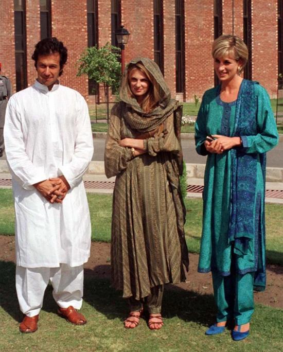 Ông Imran Khan và vợ đầu Jemima từng có mối quan hệ bạn bè với Công nương Diana. Ảnh: Reuters.