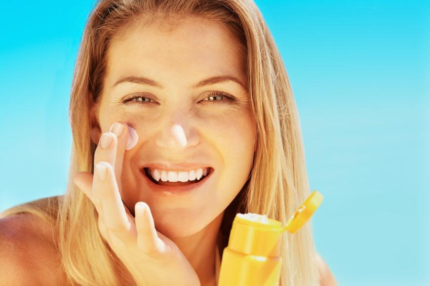 Tia UV là một trong những tác nhân ảnh hưởng đến sác tố da, đẩy nhanh quá trình lão hóa và tăng nguy cơ ung thư da cũng như các bệnh da liễu.