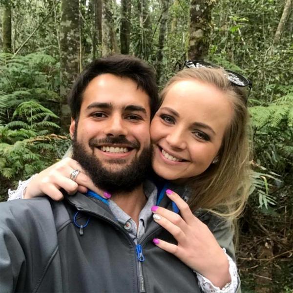 Cặp tình nhân Jean Vosloo và Mari Hoon trước khi qua đời ở Nam Phi. Ảnh: Newsflash.