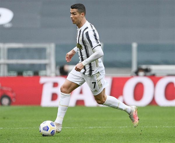 C. Ronaldo đăng ảnh sau trận đấu, khích lệ các đồng đội: Tiếp tục chiến thắng như này nhé. Ảnh: Instagram.
