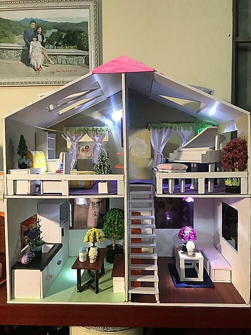 Ngôi nhà búp bê – đồ chơi handmade đầu tiên anh Nam làm tặng con gái trước khi con vào lớp 1