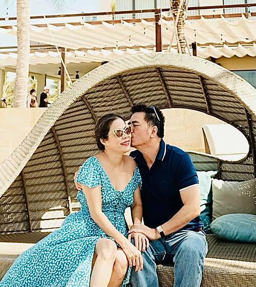 Ca sĩ Mỹ Lệ và chồng trong chuyến du lịch nghỉ dưỡng ở Hồ Tràm (Vũng Tàu).