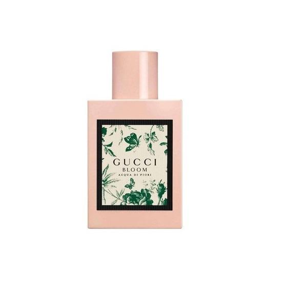 Nước hoa nữ Gucci Bloom Acqua Di Flori Mini size 5 Ml giảm 490.000đ(- 2 %)Hương Đầu: Lá nhựa thơm Galbanum, lá chồi nho- Hương giữa: Hoa Huệ, Hoa Nhài, Hoa Kim Ngân- Hương cuối: Xạ hương, Gỗ Đàn Hương.Hướng dẫn sử dụng: Bảo quản nơi khô thoáng, nên dùng sau khi tắm để tạo hương thơm trên cơ thể, có thể xịt lên các vùng như cổ tay, sau gáy để lưu hương tốt hơnHạn sử dụng: 5 năm kể từ ngày sản xuất