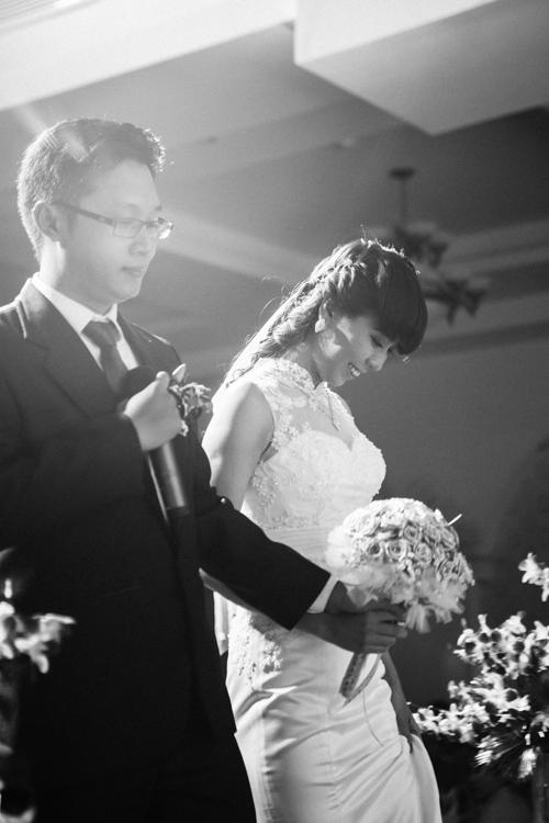 Vợ chồng chị Diệu - anh Việt trong ngày cưới.