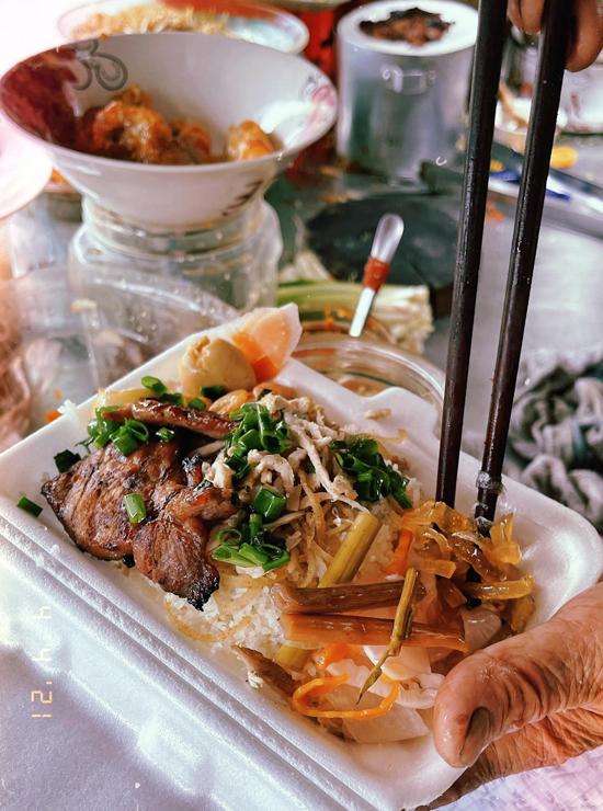 BB Trần ôn lại bầu trời tuổi thơ qua các món ăn quê hương - 2