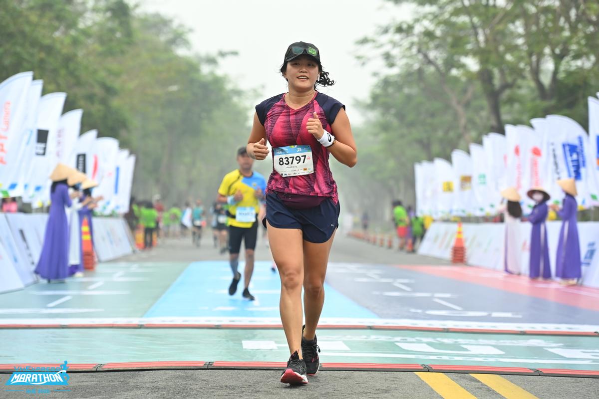 Dù chạy cự ly 5 km, tập luyện cho cuộc đua bán marathon hay đơn thuần muốn vượt qua bài tập HIIT, runner cần chú trọng tăng sức bền, nâng cao thể lực. Ảnh: VnExpress Marathon.