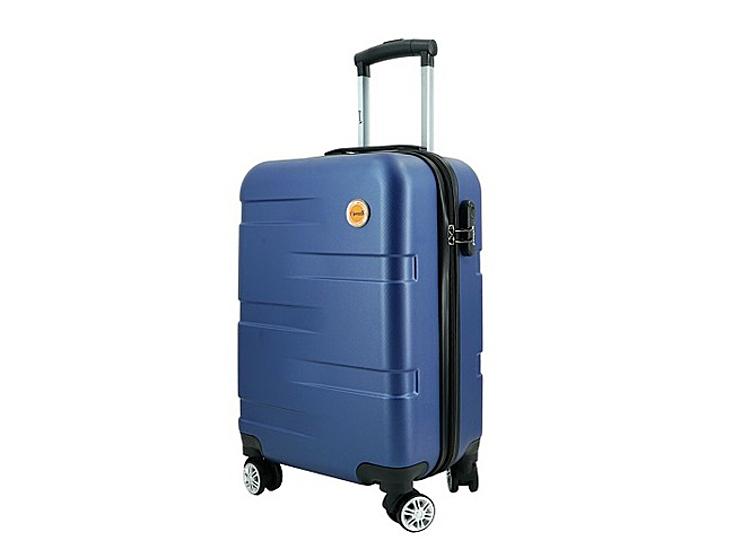 Vali nhựa kéo Immax X14size 24 inch (60 x 40 x 27 cm) có các màu bạc, đen, xanh dương, đang được ưu đãi 56% còn 370.000 đồng.