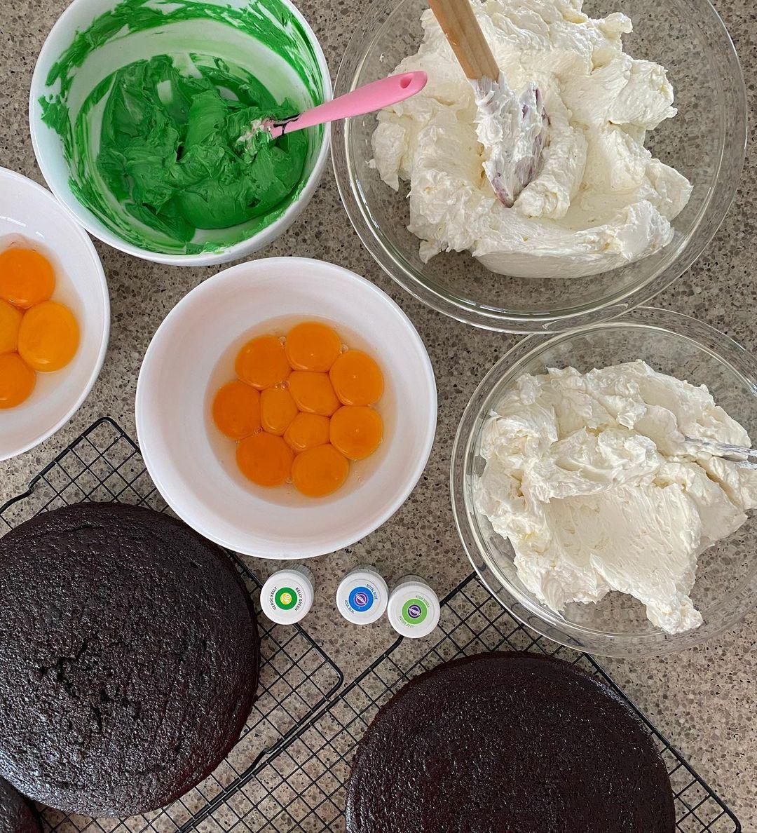Bánh kem mô phỏng trò chơi điện tử Hà Tăng làm tặng con trai - 2