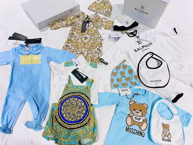 Một lượng nhỏ quần áo hàng hiệu của cậu bé mà mẹ Giang Lê từng tiết lộ.