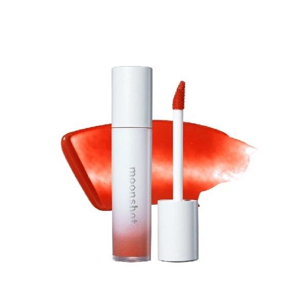 Thêm một thỏi son kem Moonshot Tintfit Shine tông cam đỏ là 504 Merry Orange. Chất son tint cho lớp phủ bóng giúp giữ ẩm đồng thời cho môi thêm căng bóng tự nhiên. Dù là son bóng song Tintfit Shine không gây bết dính, bền màu sau thời gian dài sử dụng. Sản phẩm có giá giảm 50% còn 199.500 đồng (giá gốc 399.000 đồng).