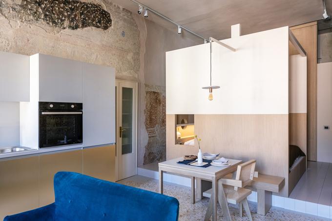 Căn hộ có diện tích 36 m2, ở Mantua, Italy được hoàn thiện năm 2020 bởi nhóm kiến trúc sư (KTS) của Archiplanstudio.