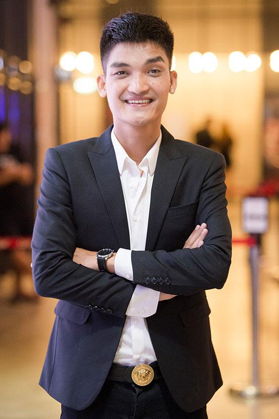 Diễn viên Mạc Văn Khoa.
