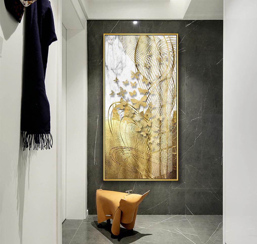Tranh treo tường GD31 - GD32 - GD34của nội thất IGEA có kích thước rộng 60 cm, cao 120 cm, phù hợp treo ở những bức tường cao và hẹp, ví dụ chiếu nghỉ cầu thang, các cột vách ngăn trong nhà... Tranh có họa tiết hình đàn én vàng hay cây lá vàng. Sản phẩm đang được ưu đãi 14% còn 420.000 đồng.