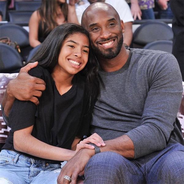 Kobe Bryant và con gái thứ hai Gianna thiệt mạng trong tai nạn máy bay trực thăng cuối tháng 1/2020. Ảnh: Instagram.