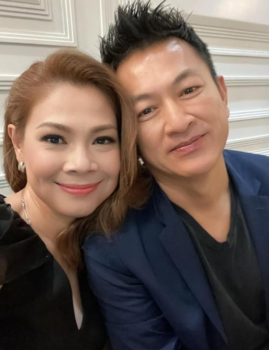 Thanh Thảo khi đón chồng hết cách ly tập trung tại Hà Nội đầu tháng 3/2021.