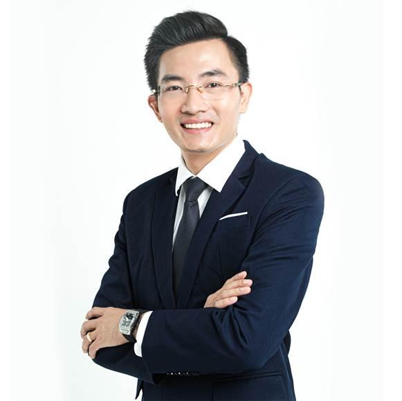 Giám đốc viện thẩm mỹ Siam Thailand - Thái Hoàng Sơn.