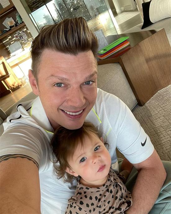 Nick Carter và con gái hơn một tuổi.