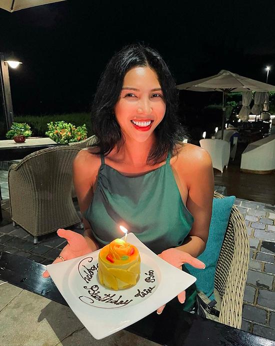 Tiệc sinh nhật Minh Triệu trong resort ven biển - 4