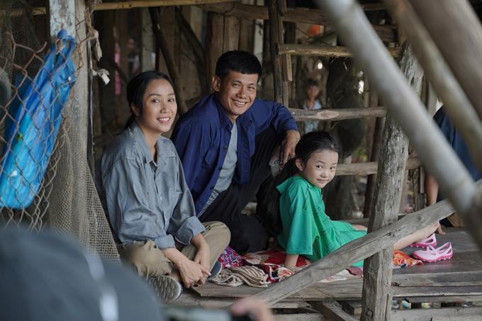 Câu chuyện gia đình trong Lặt mặt: 48h đời thường và xúc động.