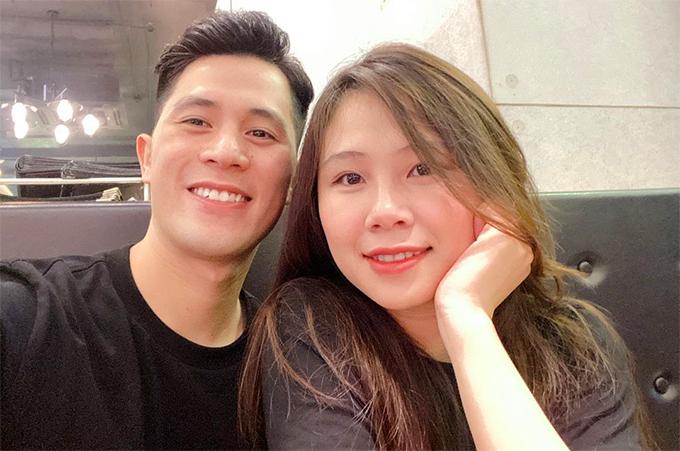 Đình Trọng và bạn gái Trang Heo. Ảnh: ĐT.