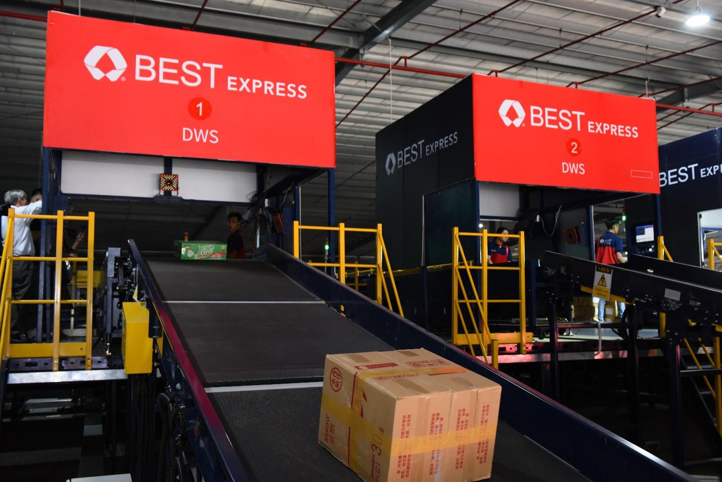 Lê Dương Bảo Lâm yêu thích dịch vụ vận chuyển của BEST Express - 6