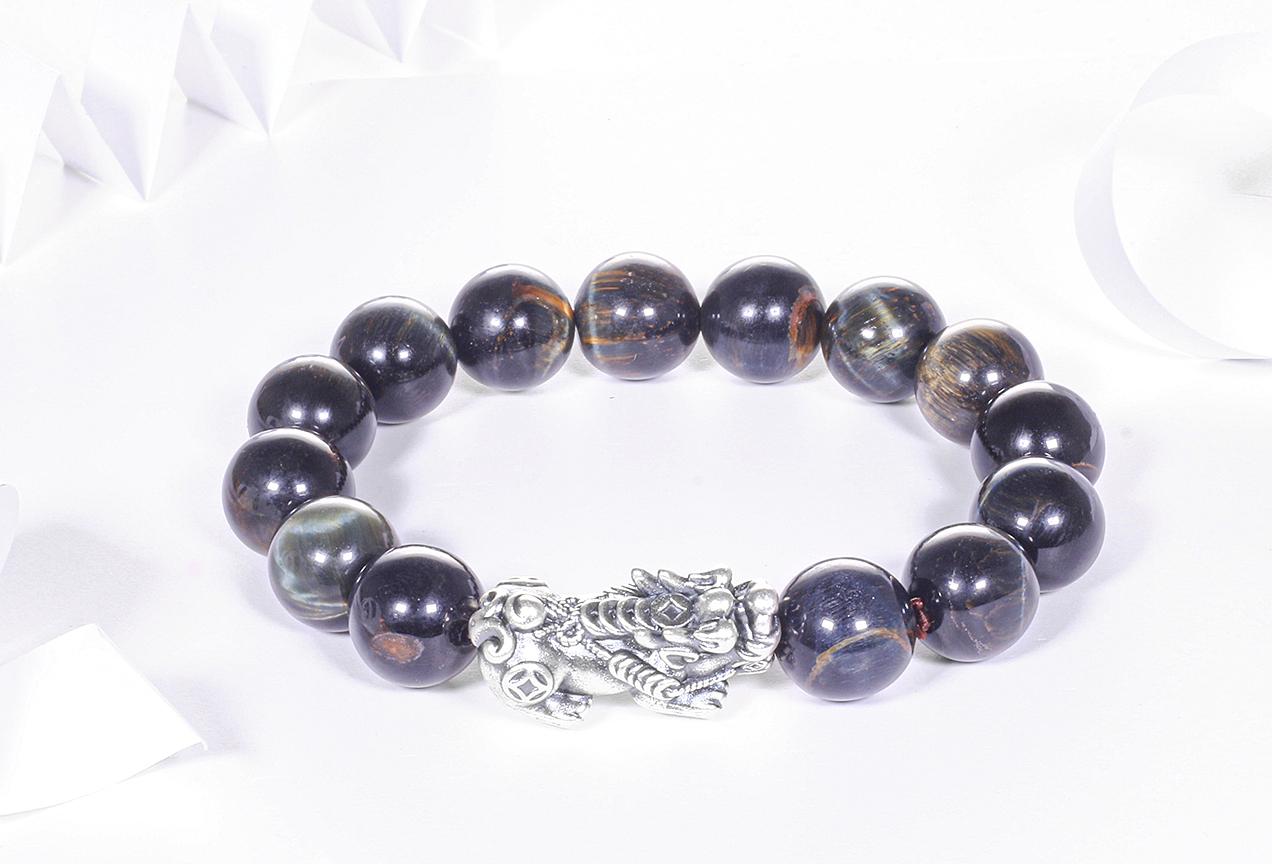 Vòng tay đá mắt hổ xanh đen mix tỳ hưu bạc 12mm mệnh thủy, mộc - Ngọc Quý Gemstones - Xanh đen - Freesize 500.000đ(- 30 %)Đường kính : 53mm