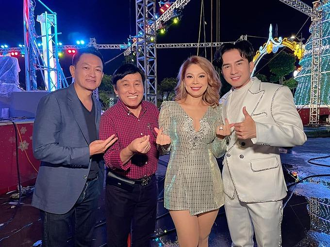 Thanh Thảo được chồng tháp tùng khi đi diễn cùng ca sĩ Đan Trường.