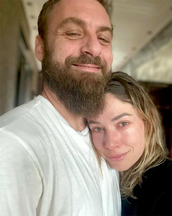 Cựu danh thủ Daniele De Rossi và vợ ngày hội ngộ sau hơn một tháng xa cách. Ảnh: Instagram.