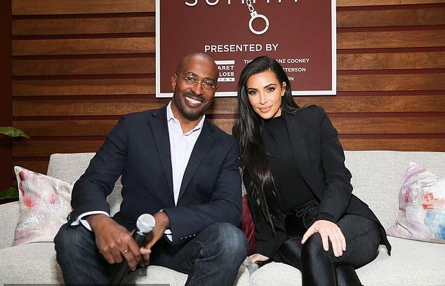 Kim Kardashian và Van Jones cộng tác nhiều năm trong chiến dịch cải cách tư pháp.