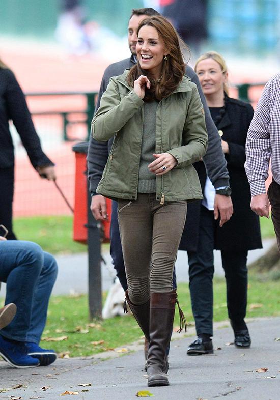 Kate tại trường Sayers Croft Forest và Vườn động vật hoang dã vào năm 2018.