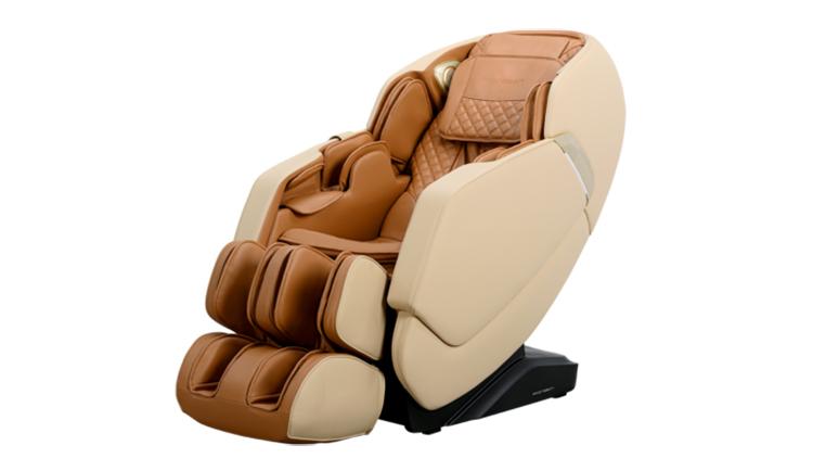 Ghế massage toàn thân MCP-300 của Poongsan có thể điều khiển bằng giọng nói, tạo thuận lợi cho người dùng. Ghế cài đặt 6 bài tập massage tự động, 5 chế độ massage, 3 chế độ khí nén (toàn thân, tay, chân) với 3 cường độ khác nhau, mang đến nhiều sự lựa chọn đối với từng vùng trên cơ thể. Hai bên thành ghế có hệ thống đèn led, loa, có thể kết nối bluetooth với điện thoại thông minh hoặc máy tính bảng. Giá niêm yết 135 triệu đồng, đang ưu đãi 4% còn 130 triệu đồng.