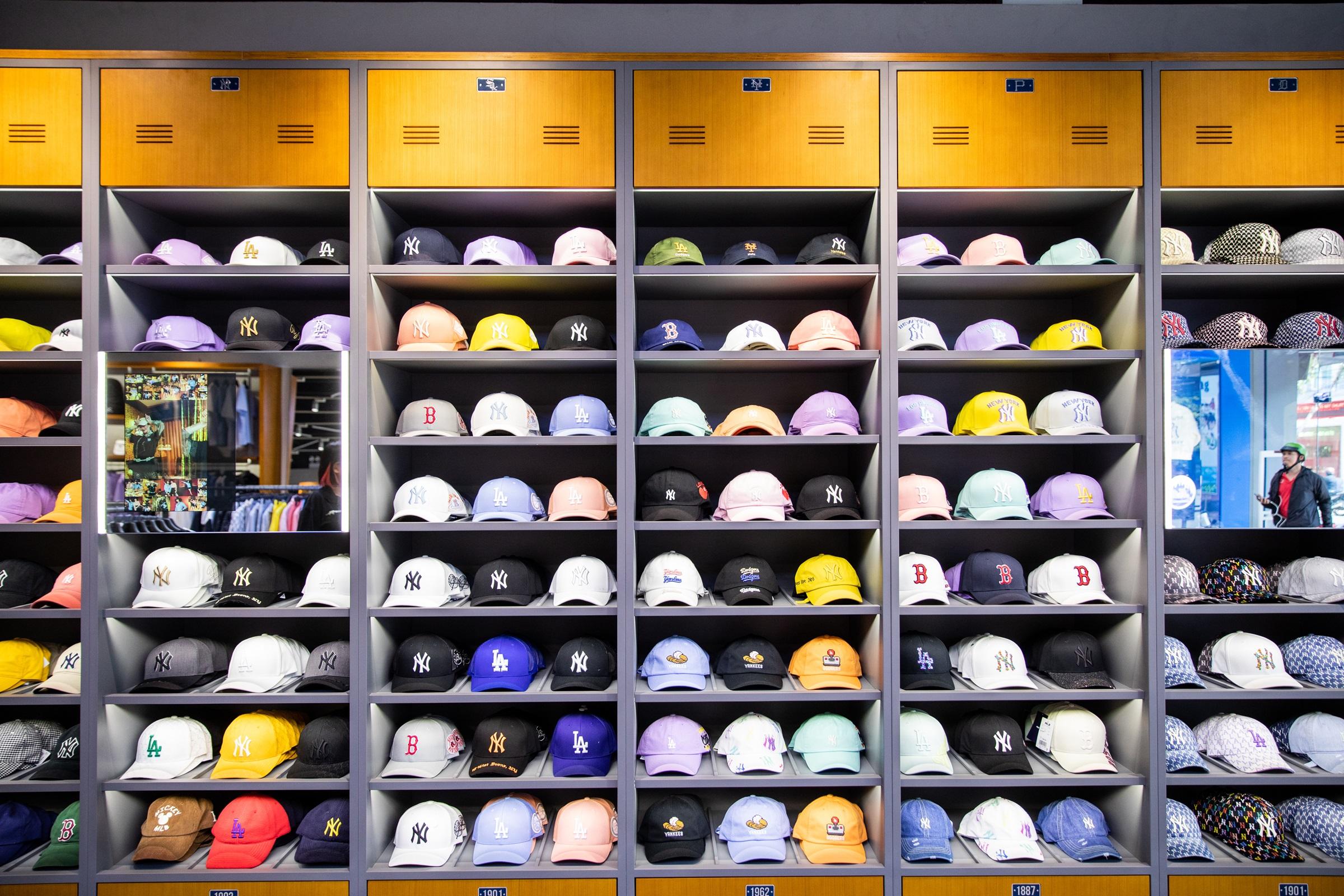 Tại Việt Nam, thương hiệu MLB khai trương cửa hàng đầu tiên vào năm 2019. Các item luôn tạo trend và thu hút tín đồ thời trang.