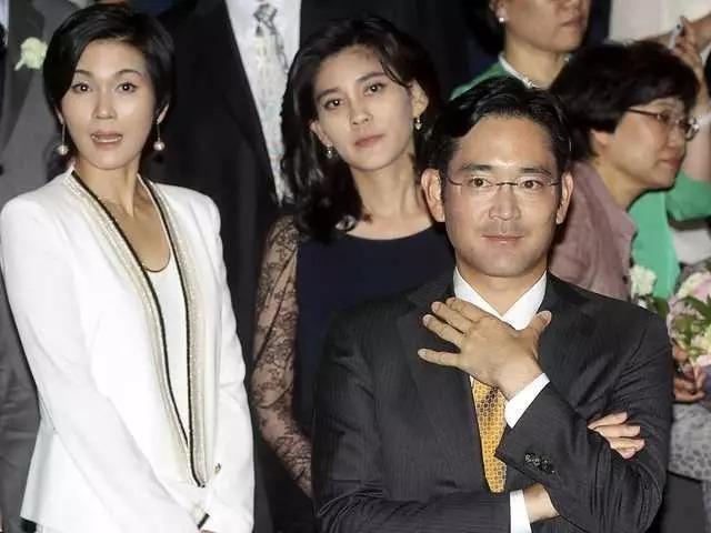 Ba người con của cố Chủ tịch Lee Kun Hee (từ trái sang): Lee Jae-yong, Lee Boo-jin và Lee Seo-hyun. Ảnh: BI.
